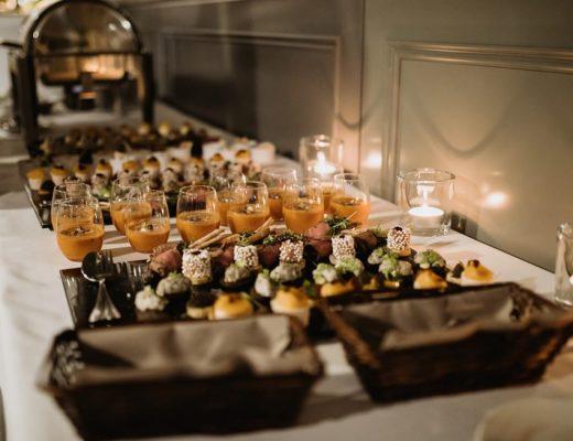 3 zalety szwedzkiego stołu na weselu