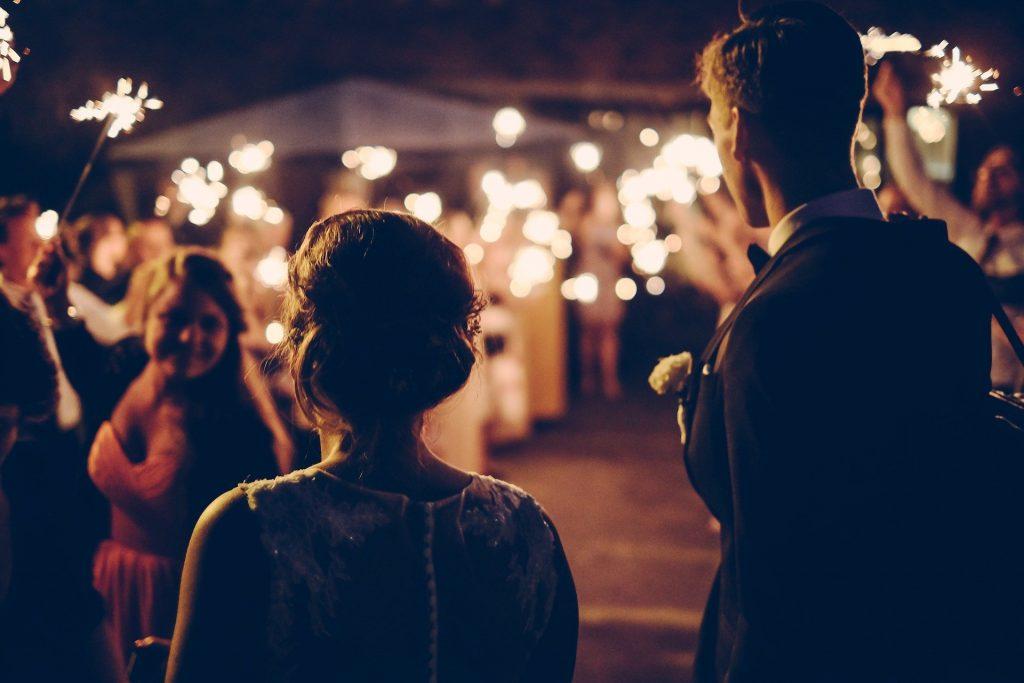 Koronawirus a zabawa na weselu