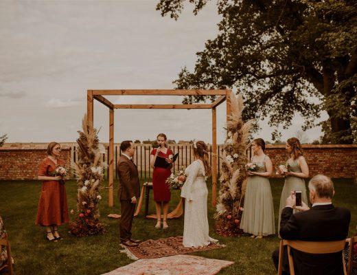 Ślub humanistyczny - czy to rozwiązanie tylko dla par homoseksualnych?